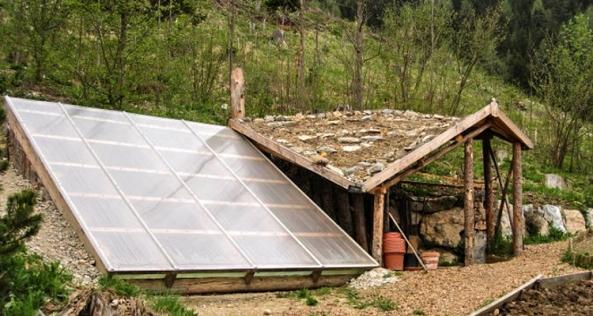 1_underground-greenhouse